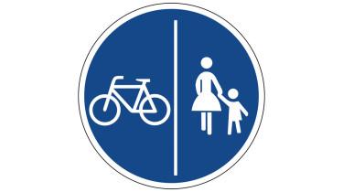 Schild getrennte Nutzung des Gehwegs Fußgänger und Radfahrer